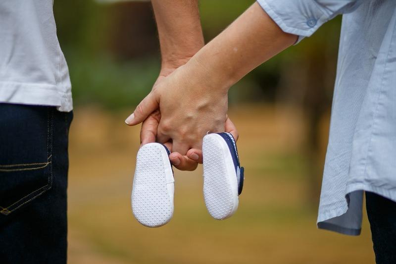 Prendersi cura del feto, prima, e del neonato, dopo