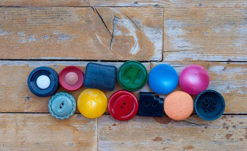 Bottoni gioiello e passamaneria: consigli