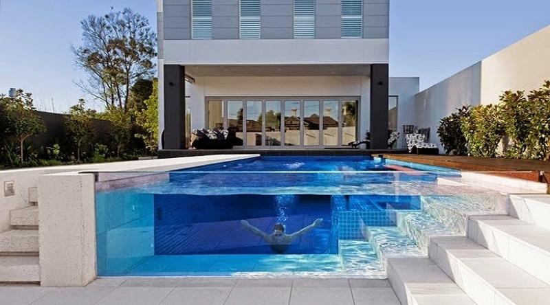 Le piscine trasparenti: il must have di questa estate per il proprio giardino