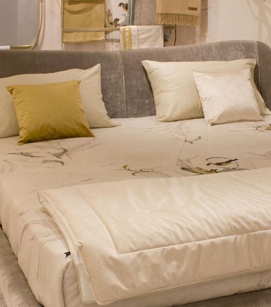 Tradizione Borbonese per la biancheria da letto e da mare