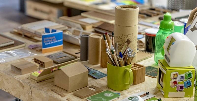 Gadget ecologici di paglia: personalizzali col tuo logo!