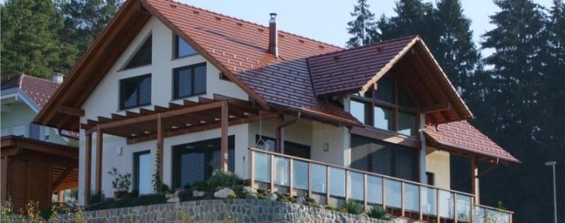 Case in legno, vantaggi e svantaggi degli edifici ecosostenibili