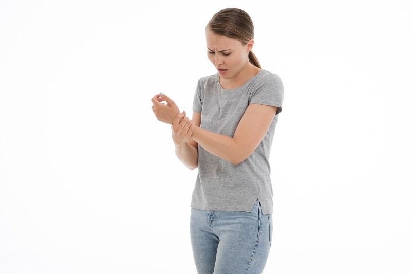 Dolore alle articolazioni: cause e rimedi